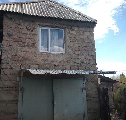 Продам двухэтажный дом-дача