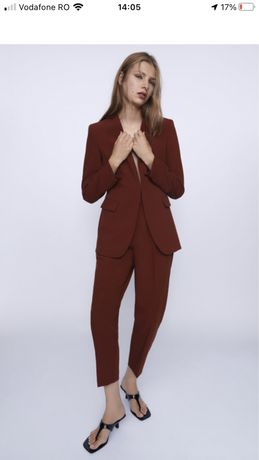 Costum femeie Zara nou, burgundy-rosu