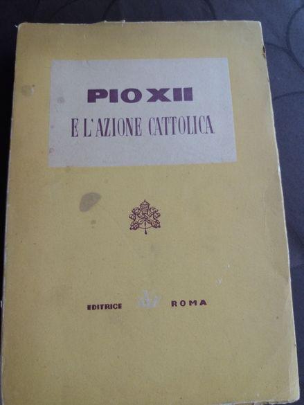 Стара църковна книга на латински език