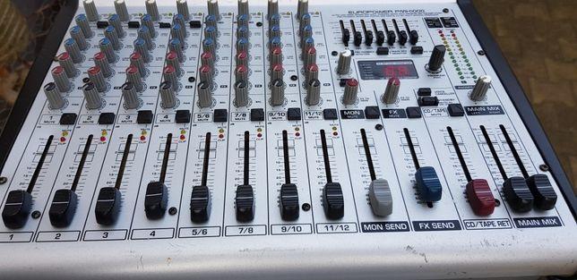 Vand / schimb Mixer Behringer cu amplificare și boxe