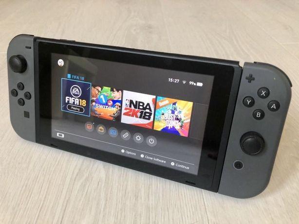 Продаю Nintendo Switch + FIFA '18 + игры
