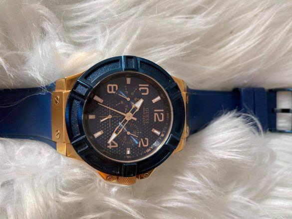 Дамски и мъжки часовник