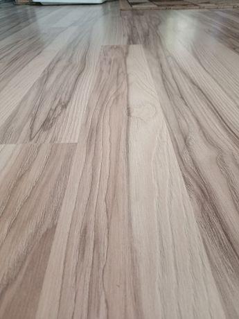 Укладка ламината от 1500 тг