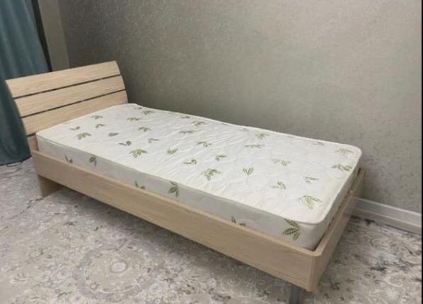 Продается кровать новая