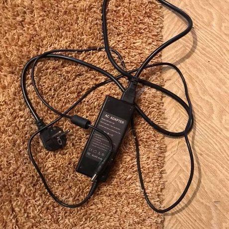 Adaptor laptop calculator