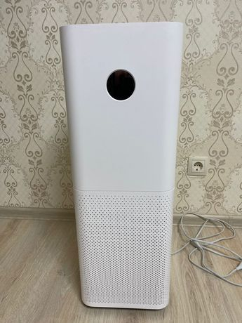 Очиститель воздуха Xiaomi Mi Air Purifier Pro.