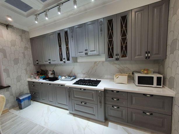 Элитные кухни на заказ . Кухонные гарнитуры. Кухня. Кухонная мебель