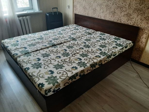 Продам двуспальную кровать в Нур-Султане
