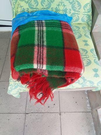 Родопско одеяло от овча вълна