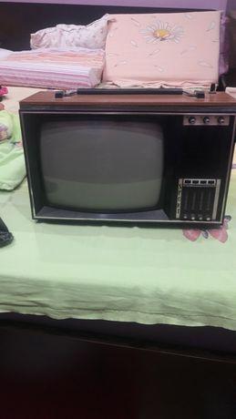 Televizor sport alb negru