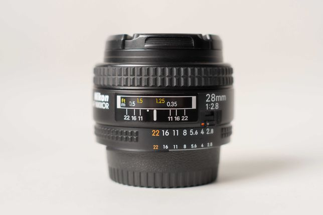 Nikon 28mm f/2.8 AF