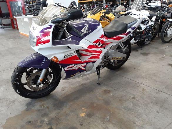 Мотоциклет Хонда ЦБР 600 Ф2(Honda CBR 600 F2)-На Части