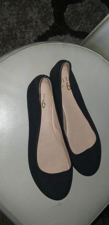 Нови балеринки 37