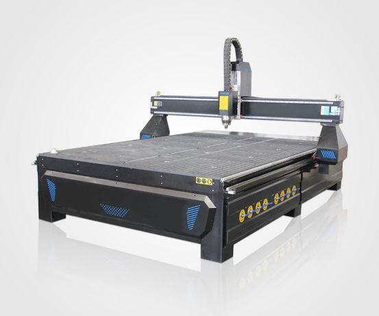 Фрезерно-гравировальный станок с ЧПУ 2100х3000 мм, 5.5 кВт, вакуум