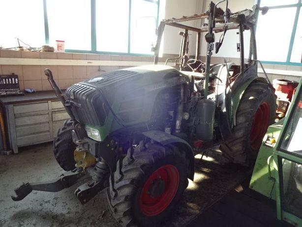 Dezmembrez Tractor Fendt 210