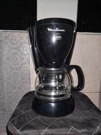 Продам кофеварку! Хорошая, новая не раз не пользовались.