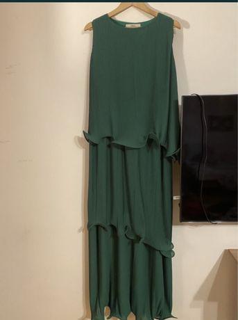 Платье сшитое на заказ. Размер С-М.Одевалось 1 раз. 20.000 тг