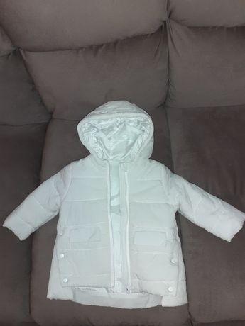 Продам 2 куртки осенние на девочку
