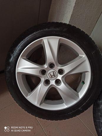 Джанти със зимни гуми от Honda Accord 8/Хонда акорд 8  5х114,3х17