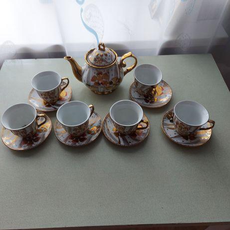 Чайный сервиз, столовый сервиз, мантоварка, вазы хрустальные,, рюмки в