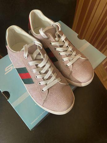 Кроссовки от Gucci