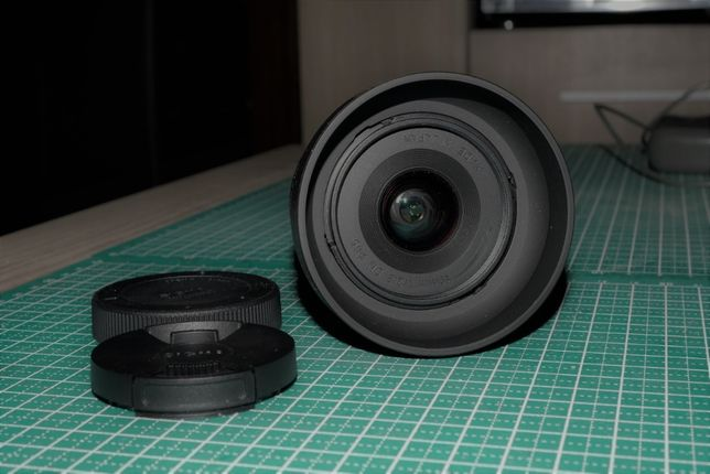 Obiectiv Sigma 19mm F2,8