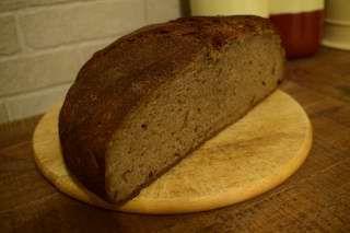Maia (drojdie salbatica) pentru paine de casa.