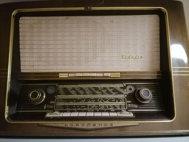 Radio Nordmende pe lampi