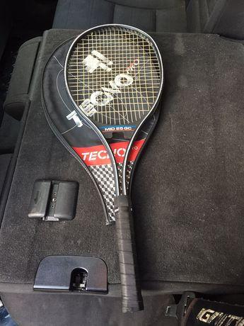Vând racheta tenis