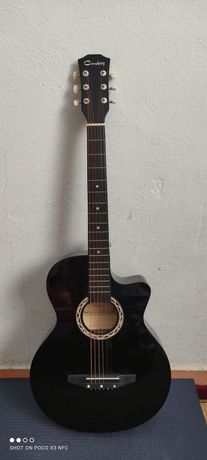 Продаётся гитара 18000