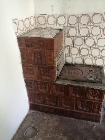 Soba teracotă cu plita