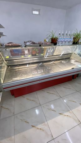 Витринынй холодильник 2м 30 см