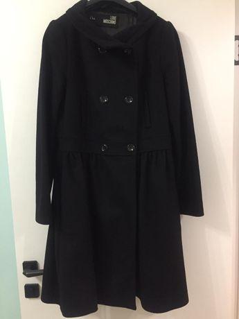 нарядное стильное пальто Италия/итальянское LOVE MOSCHINO