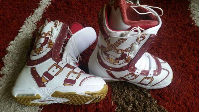 Burton snowboard boots nou,nr 40-41