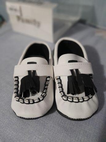 Pantofi bebelus marimea 18