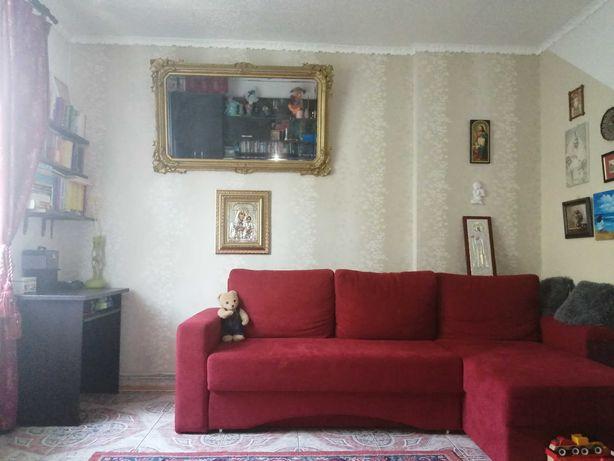 Vând apartament ultracentral, 3 camere, 53000 EUR /350 Eur