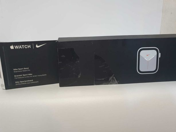 Ceas Apple Watch Nike Series 6 40mm Silver Aluminium  Bmg Amanet