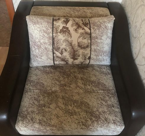 Продам мини диван и кресло