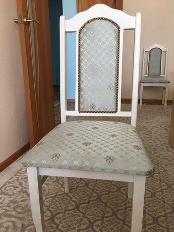 Продам стулья 10 штук