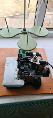 Оверлок, швейная машина