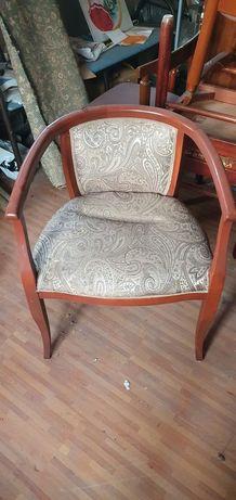 Продам стулья красивые