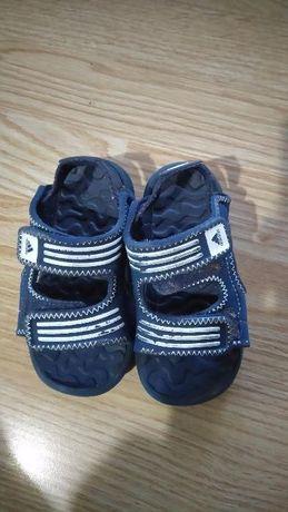 Детски сандалки Адидас за момче