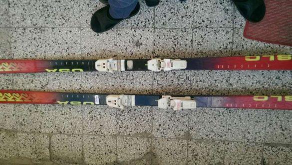 Ски със апарати