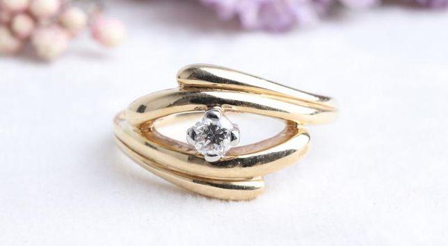 Кольцо с бриллиантом, золото 585 Россия, вес 3.70 г. «Ломбард Белый»