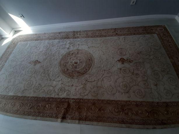 Продам ковры в отличном состоянии