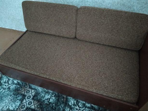 Два дивана подростковых