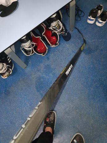 Клюшка хоккейная праворукая