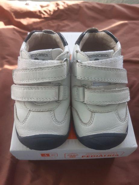 Pantofi Biomecanics Nr. 19