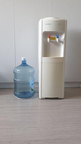 Диспансер для воды