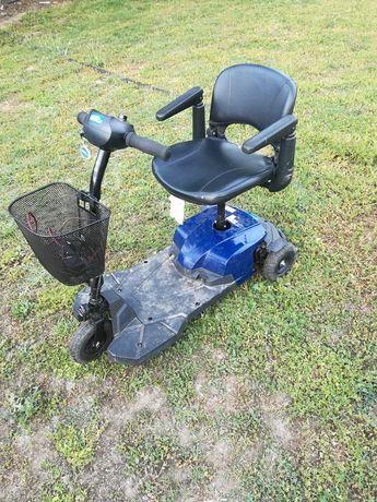 Инвалиден скутер/количка триколка